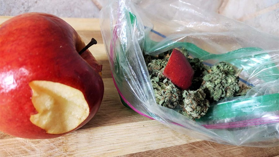 Re-Humidify Your Weed