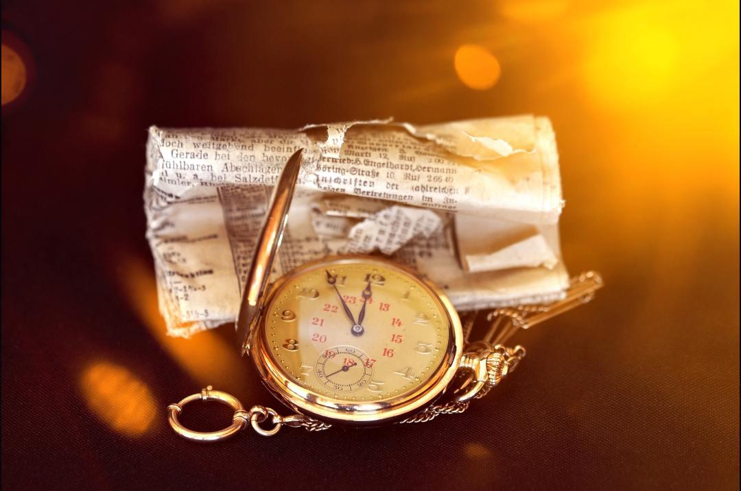 antique-clock-clock-face-280392