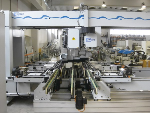 BHT 500 Boring Machine by WEEKE (HOMAG Group)