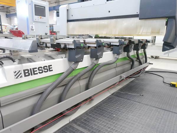 Rover B 4.40 CNC Machine by BIESSE