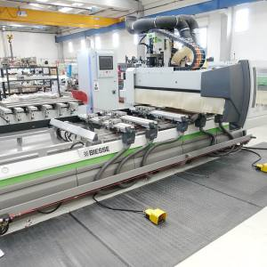 Rover B 4.40 CNC Machine by BIESSE