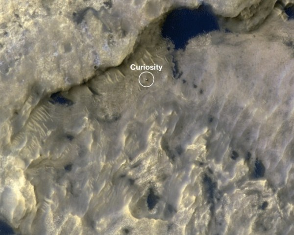Orbiter spots InSight on Mars as heat probe resumes hammering