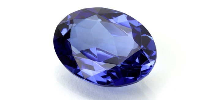 Oval Sapphire or Tanzanite on White.