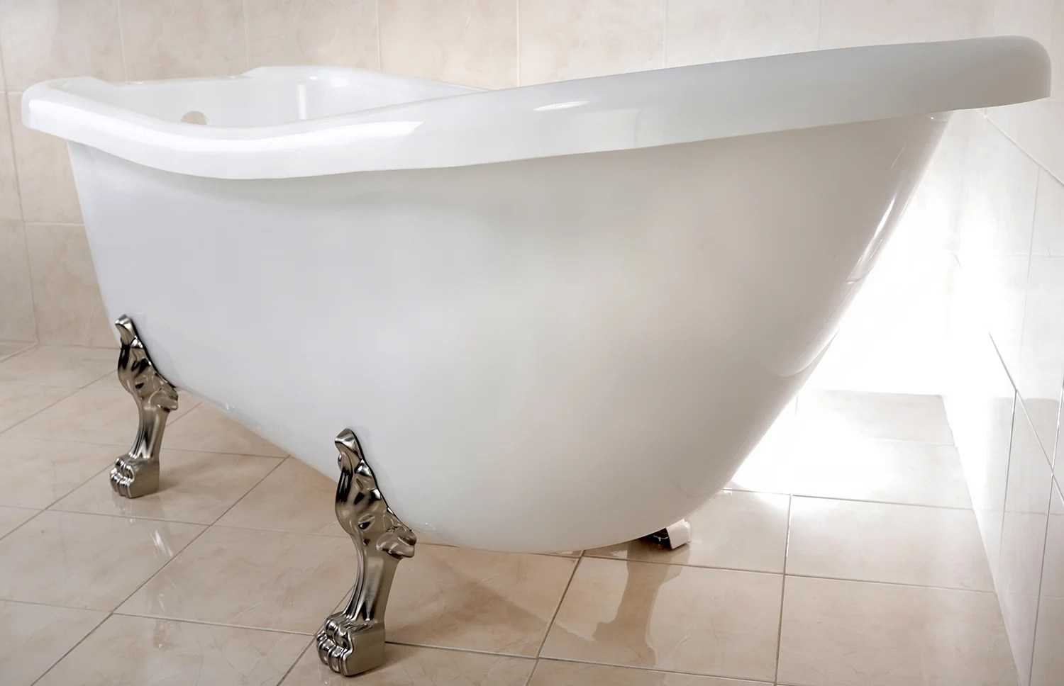 Tips For Choosing The Right Clawfoot Tub To Suit Your