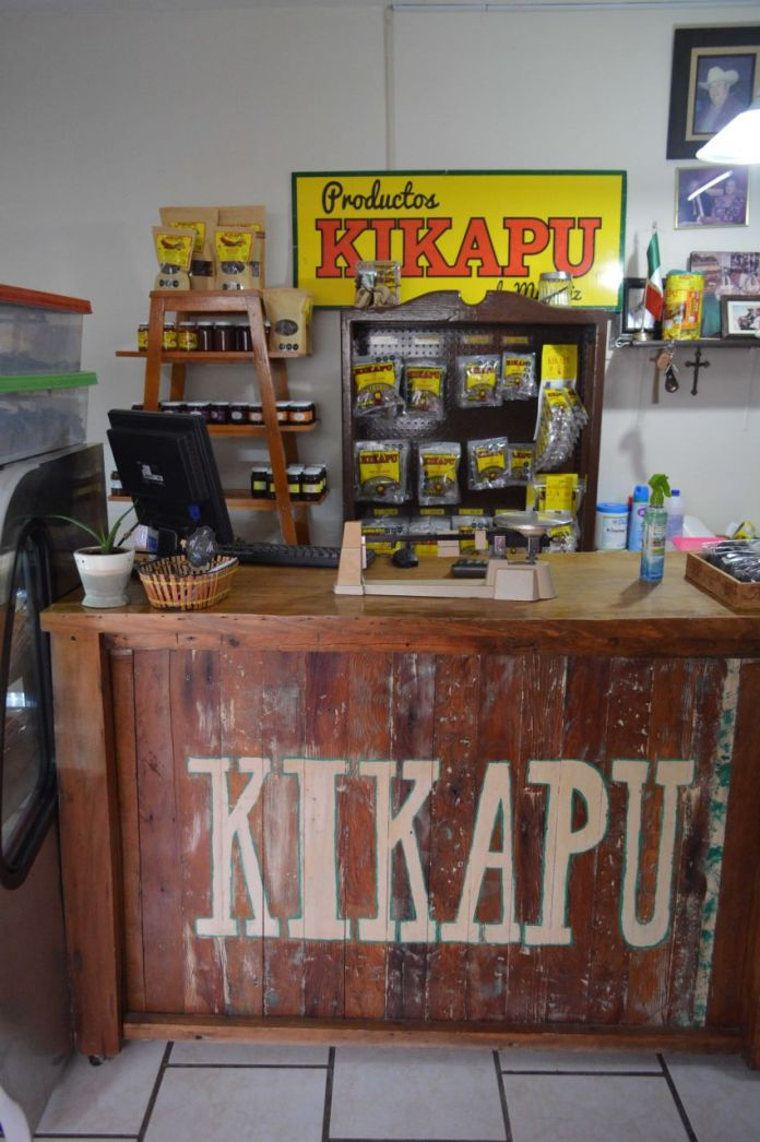 A store selling Kickapoo products.