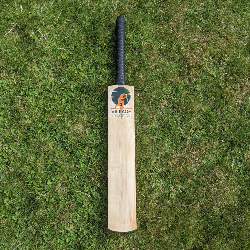 the best defensive cricket bat for village players