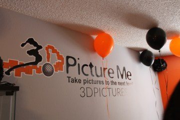 3D picture me sign