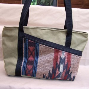tapestry-purse-tote-purse-tan-southwest