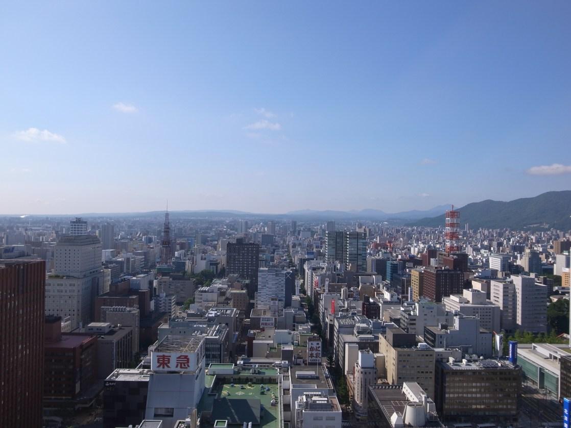 ホテルの部屋からの眺め(朝)