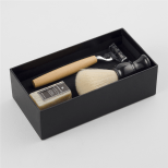 http://www.markham.co.za/pdp/shaving-kit-set-assorted