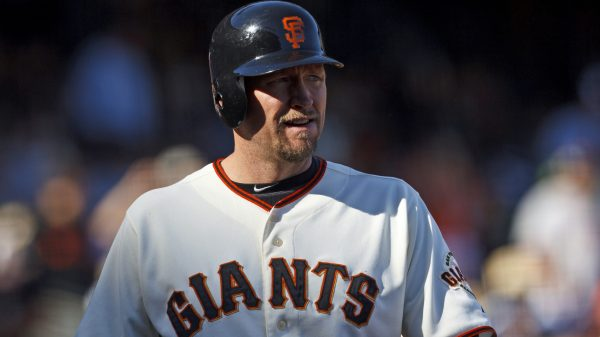 Giants exclude Aubrey Huff from 2010 championship reunion
