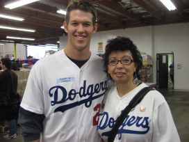 Kershaw at Food Bank Event 2012 041
