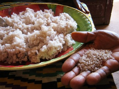 rice-in-bowl-and-hand