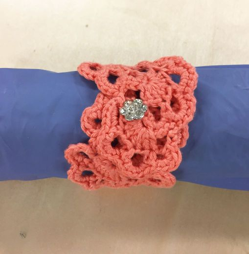 Bracelets-flowers_support-saumon
