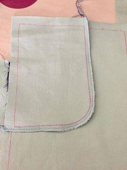 Pantalon-jeans_deuxieme-partie-poche-cousue