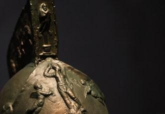 莫米罗角斗士头盔