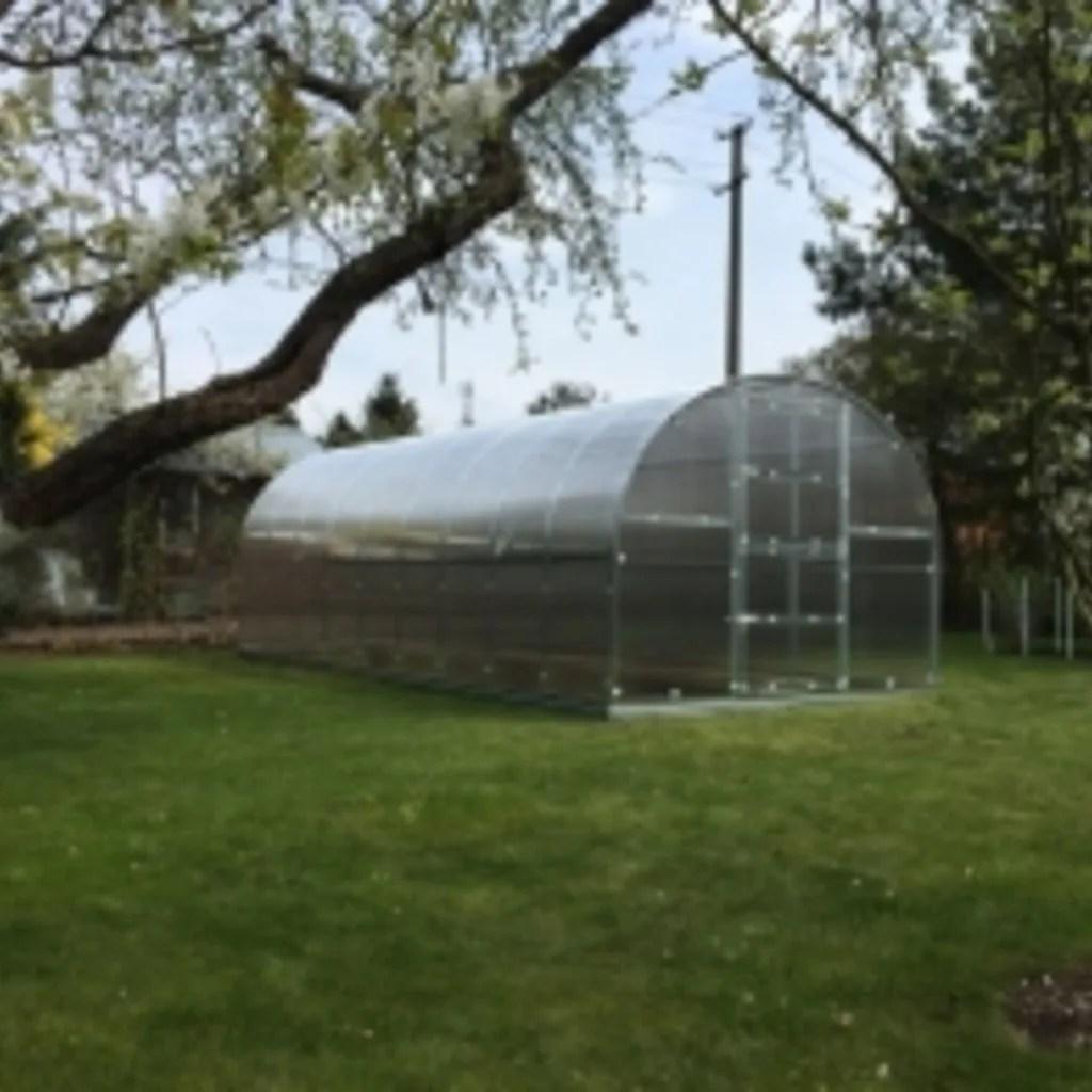 grand tunnel de jardin en polycarbonate 3x8 24m2
