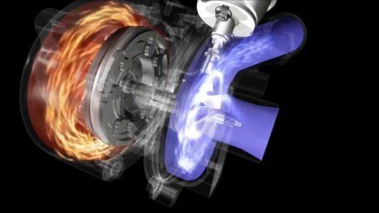Levo je turbinski, a desno kompresorski deo turbo punjača
