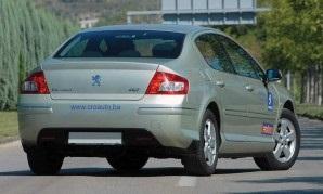 Peugeota 407