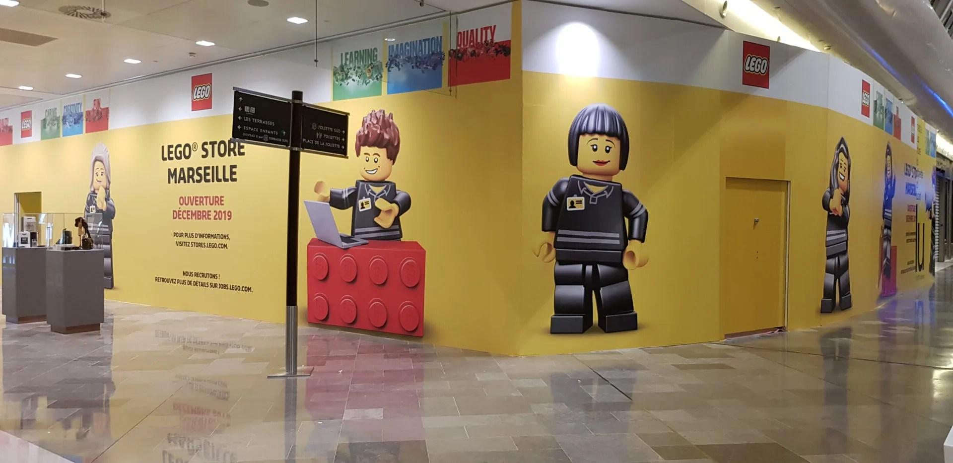 Agence Graphics impression adhesifs magasin LEGO Marseille