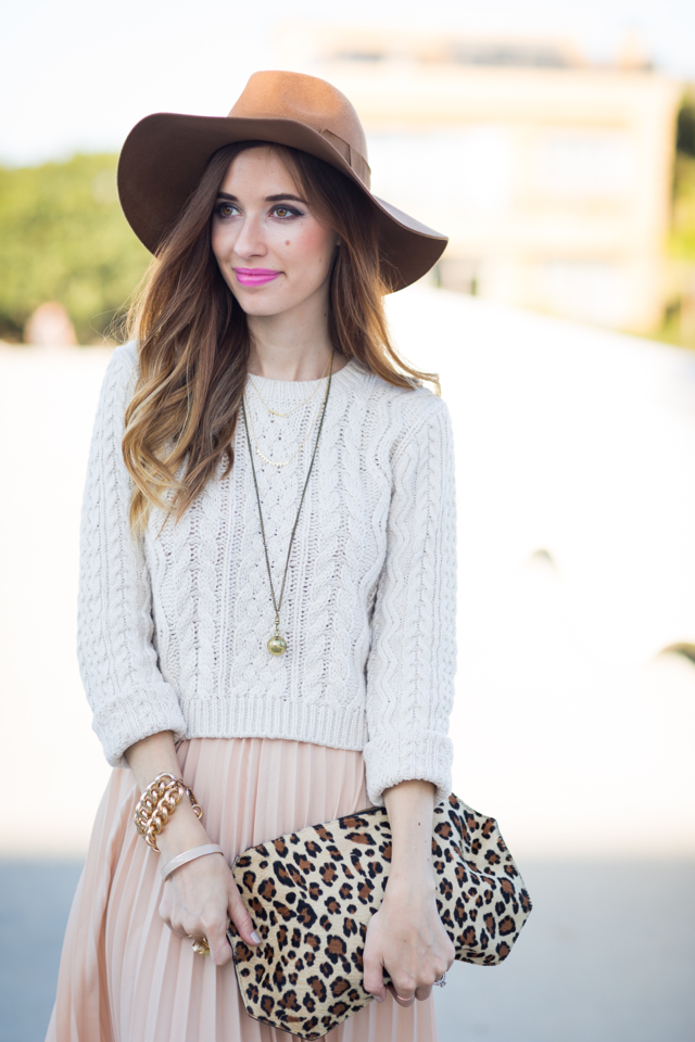 fall outfit: floppy hat, sweater and maxi skirt, M Loves M @marmar