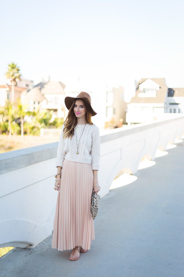 summer to fall transitional outfit via M Loves M @marmar {click through for more photos and product information}