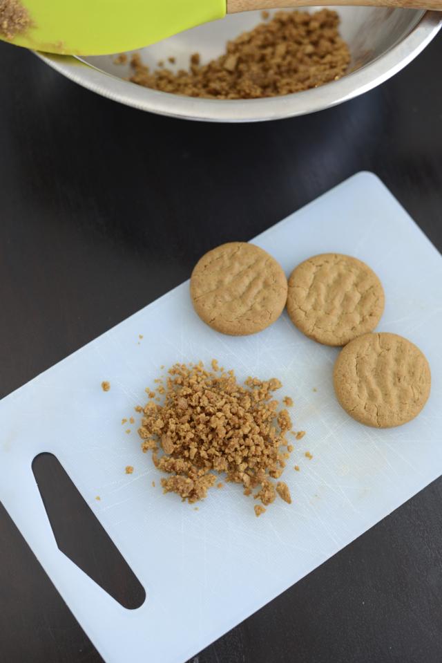 gingersnap crust for pumpkin pie trifles via M Loves M @marmar