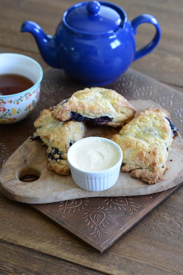 blackberry buttermilk scone recipe M Loves M @marmar