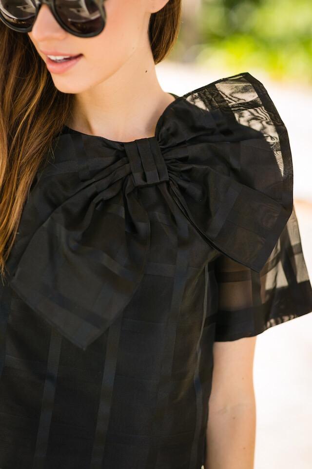 pretty black bow blouse M Loves M @marmar