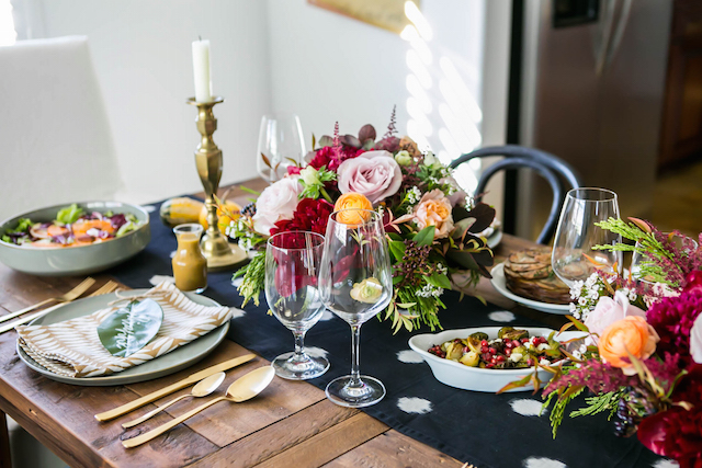 thanksgiving table setting idea M Loves M @marmar