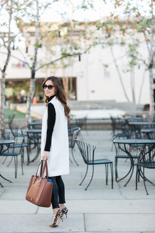 stylish work outfit and the one item you need to stay organized M Loves M @marmar