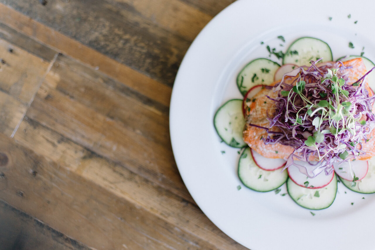 roasted salmon with lemon aioli and slaw recipe