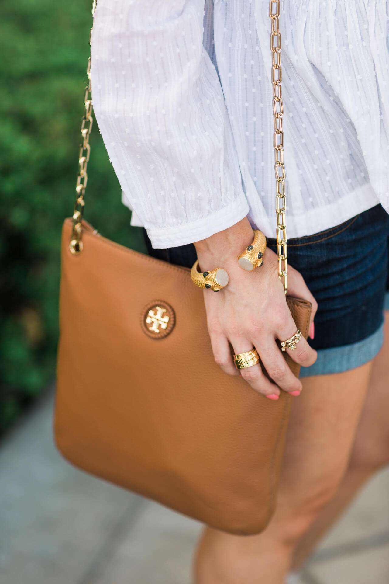 a classic tory burch handbag that's perfect for fall