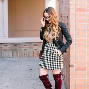 a preppy fall outfit post