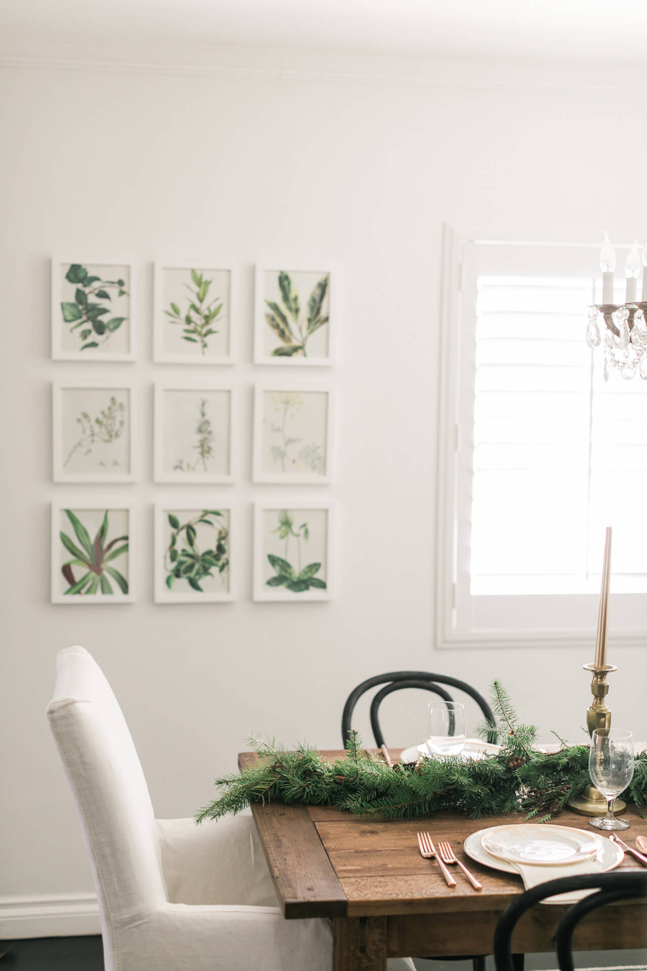 simple holiday decor- how to decorate for the holidays