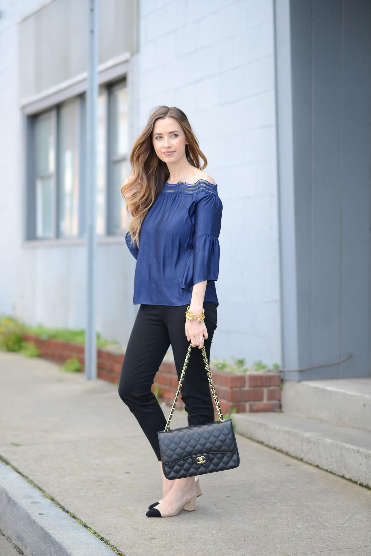 styling navy with black- outfit inspiration