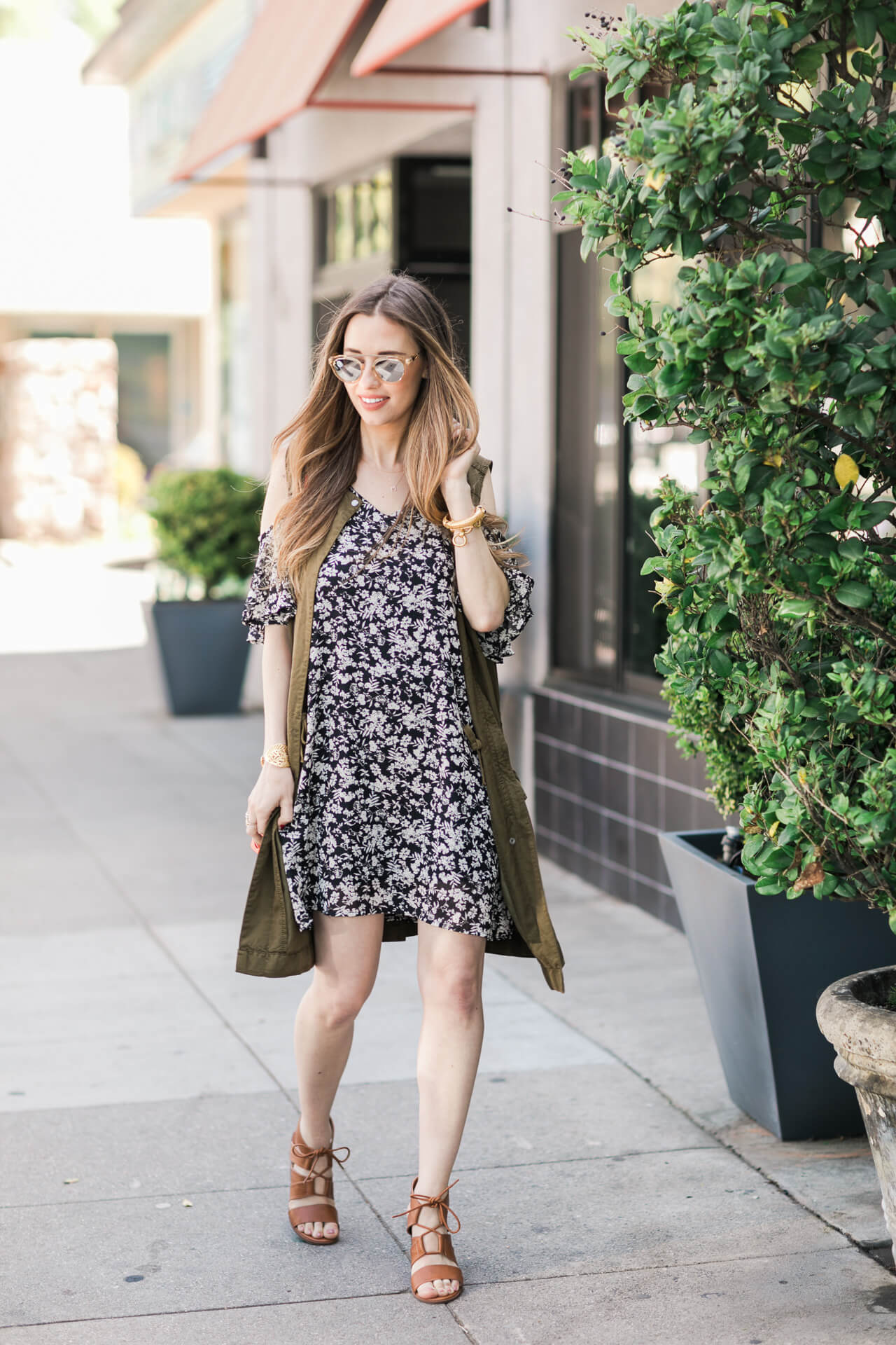 styling a cold shoulder dress for spring
