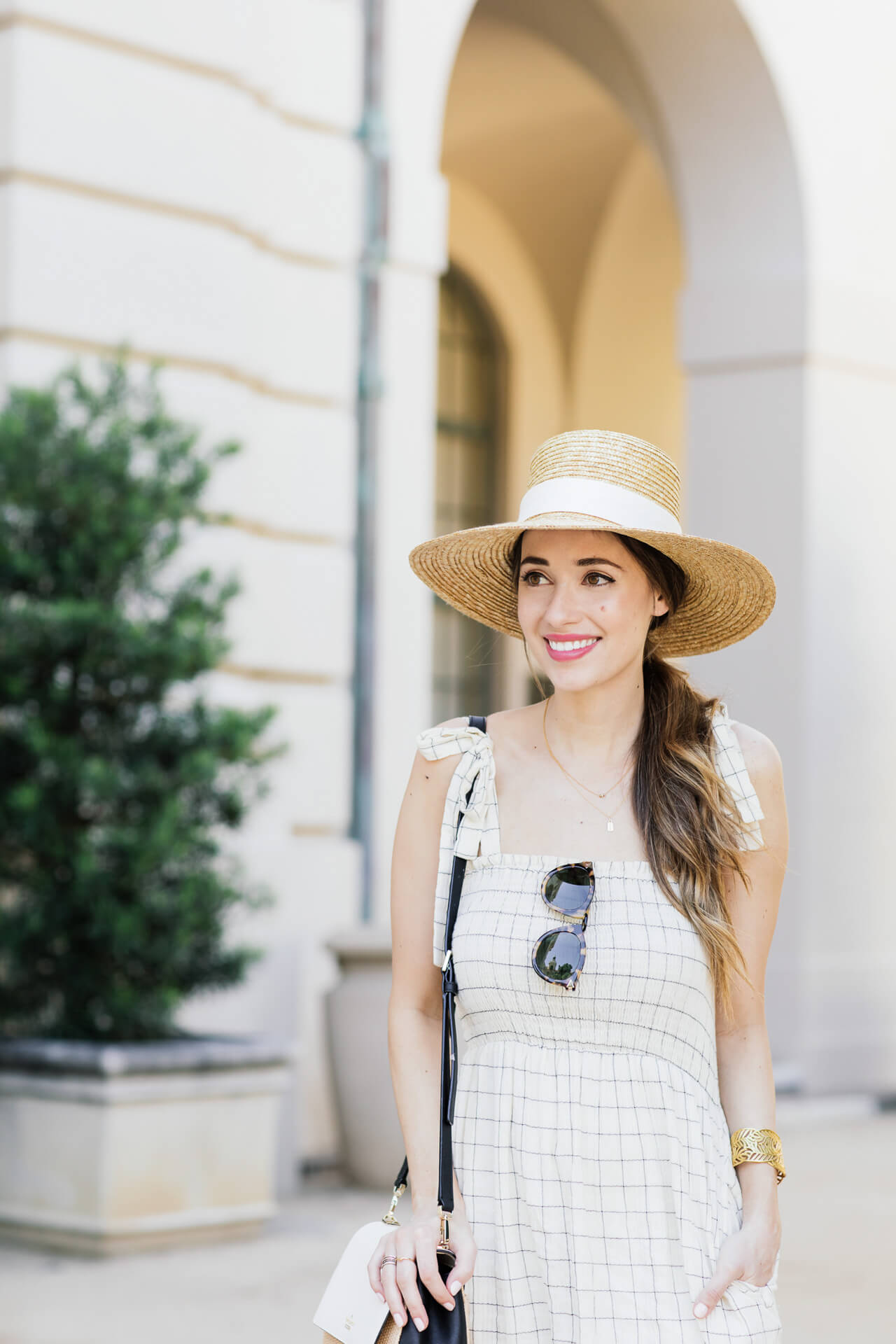 Cute summer straw hat with sunglasses