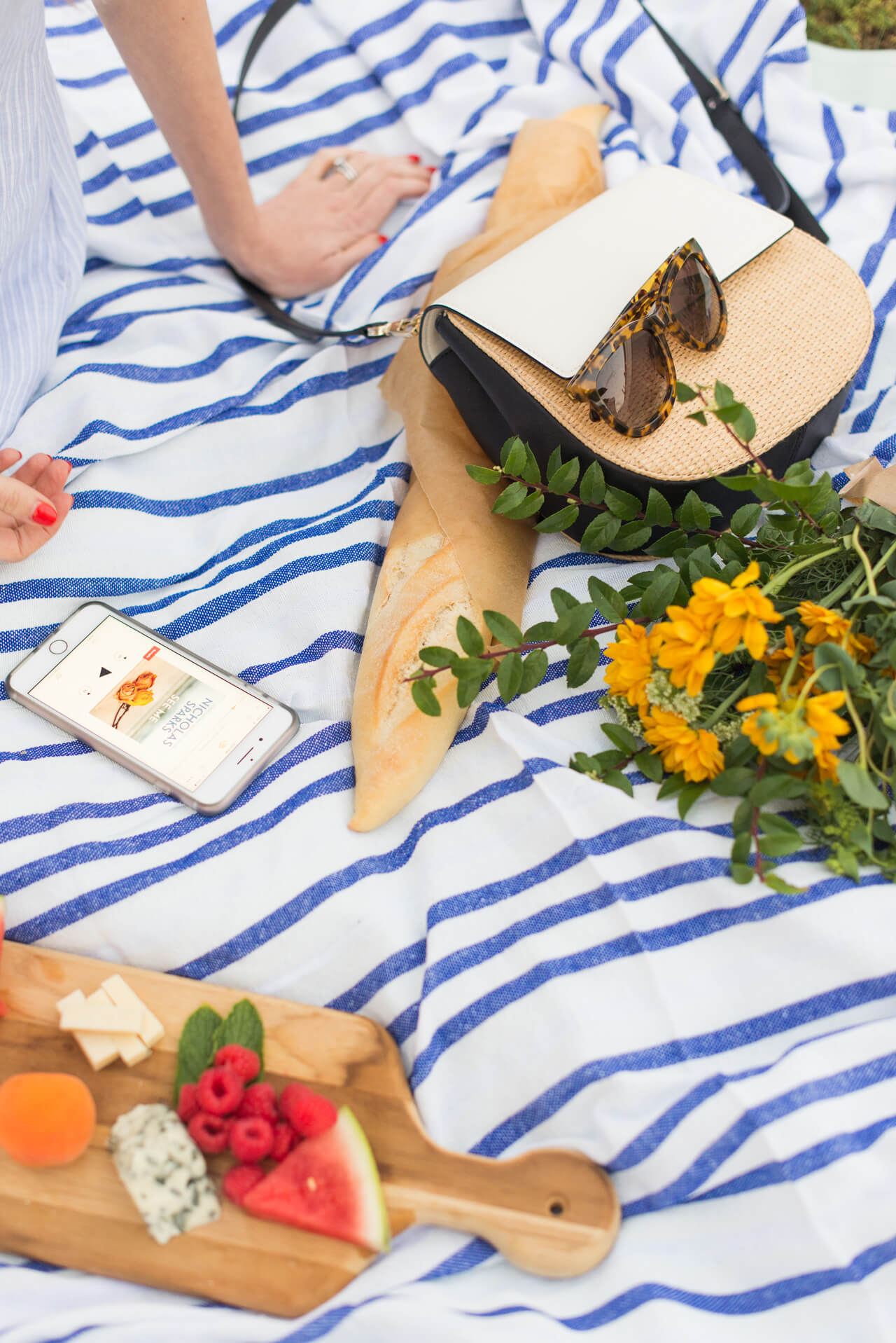 the perfect picnic essentials - M Loves M @marmar