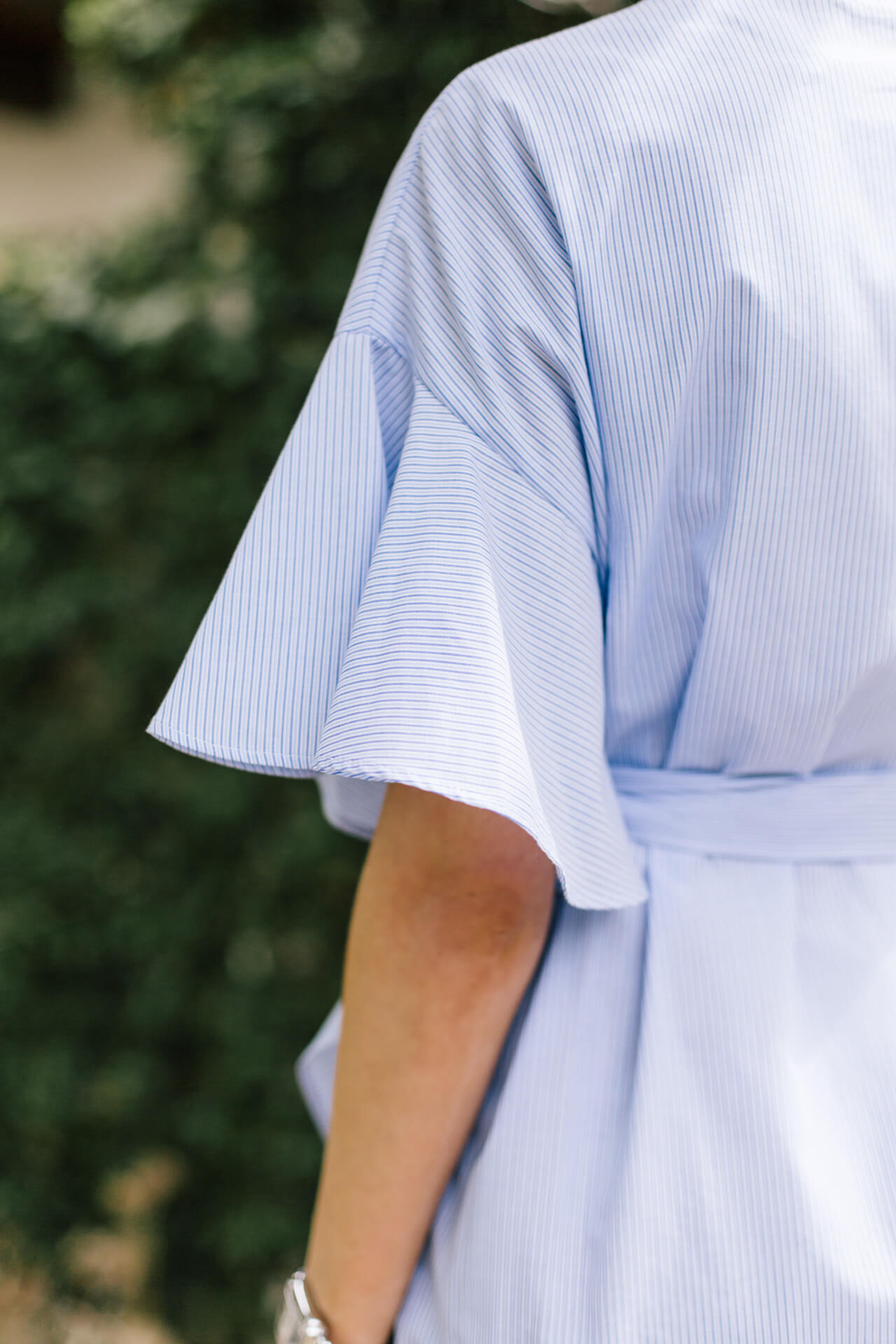 pretty sleeve detail on topshop dress from nordstrom