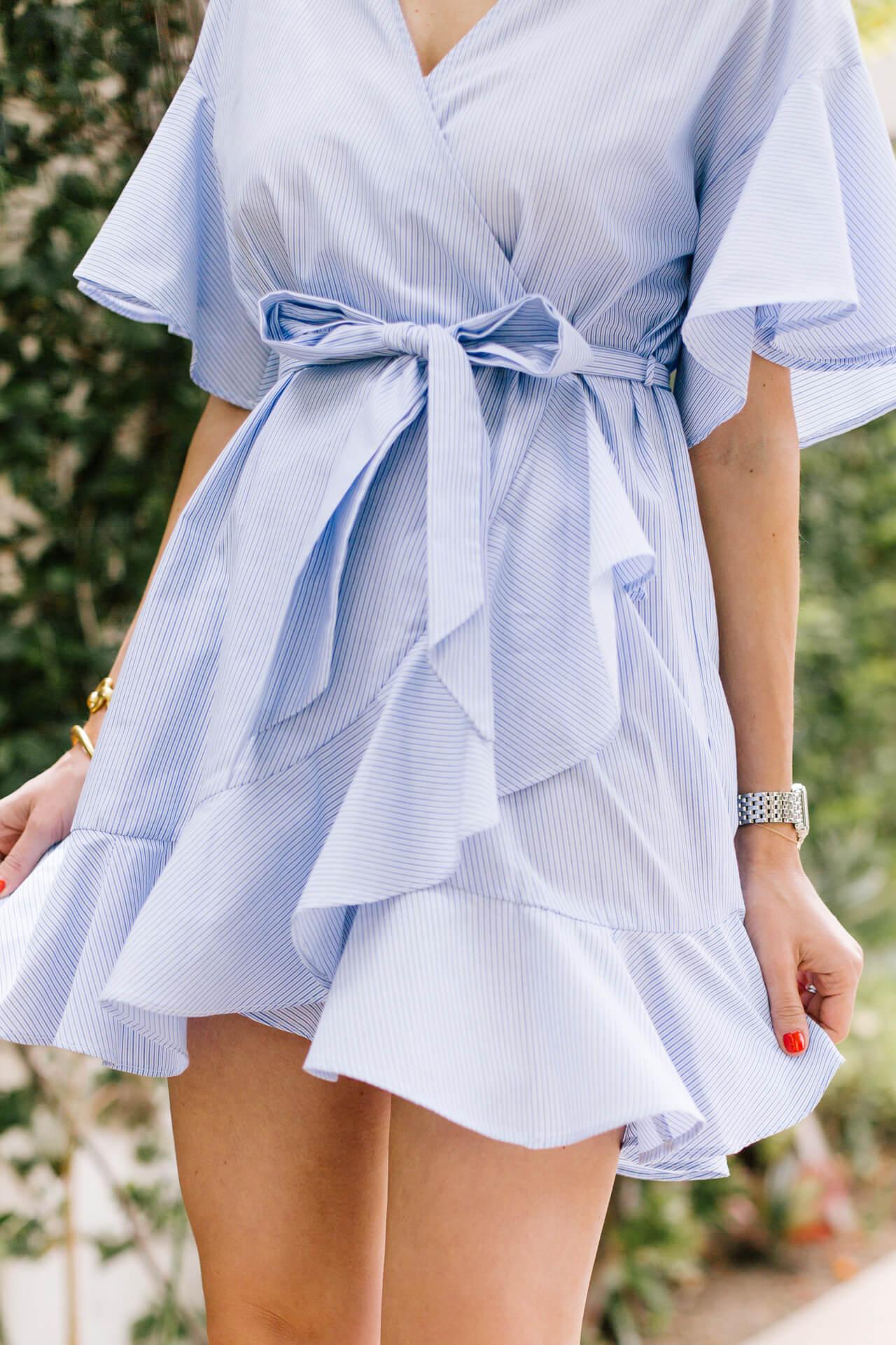 love this ruffled summer dress