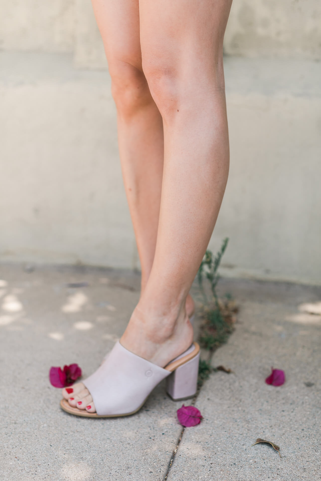 my go-to mules to dress up casual outfits - M Loves M @marmar
