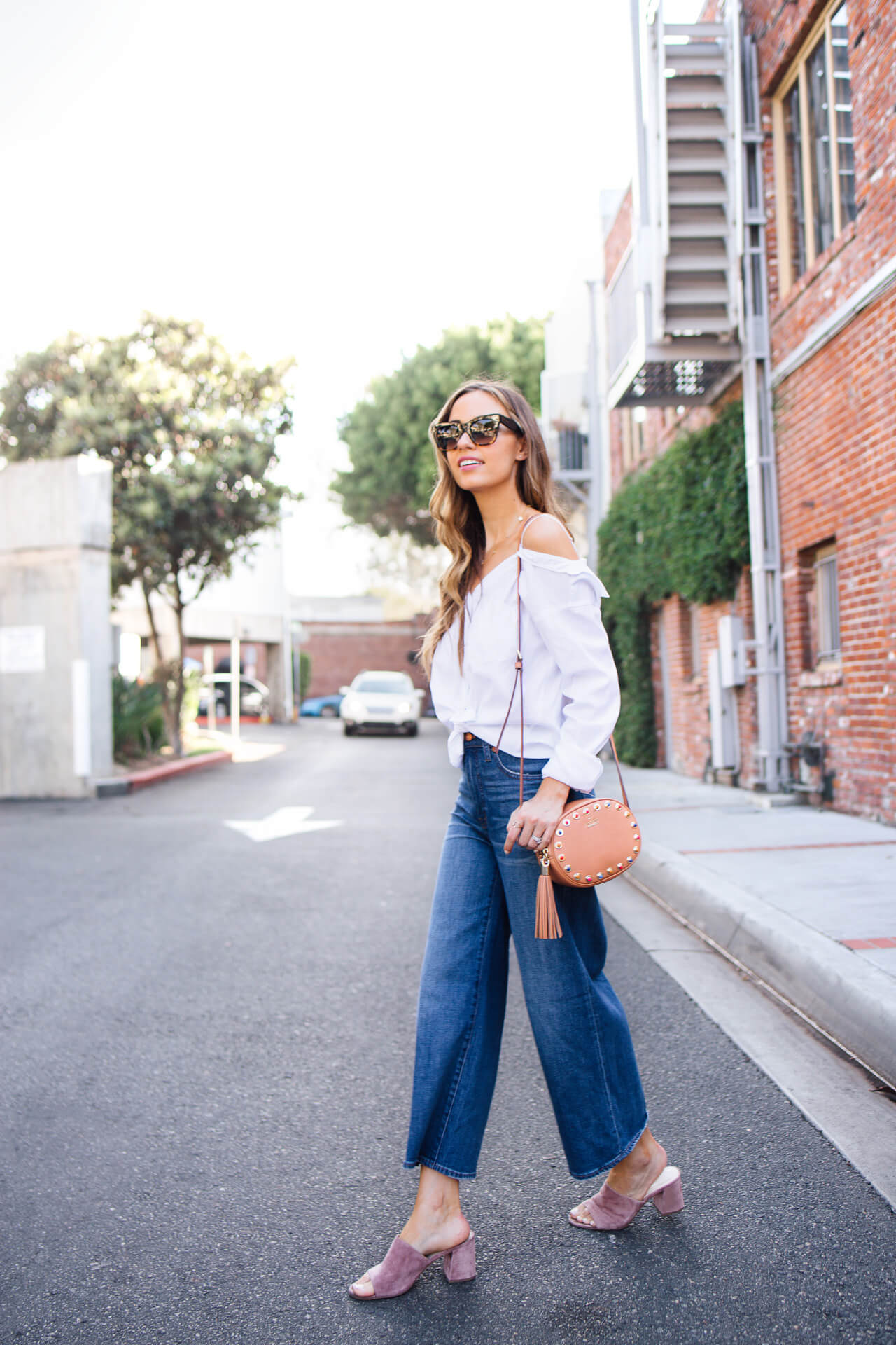 Looking chic and styled while on the go | M Loves M - @marmar