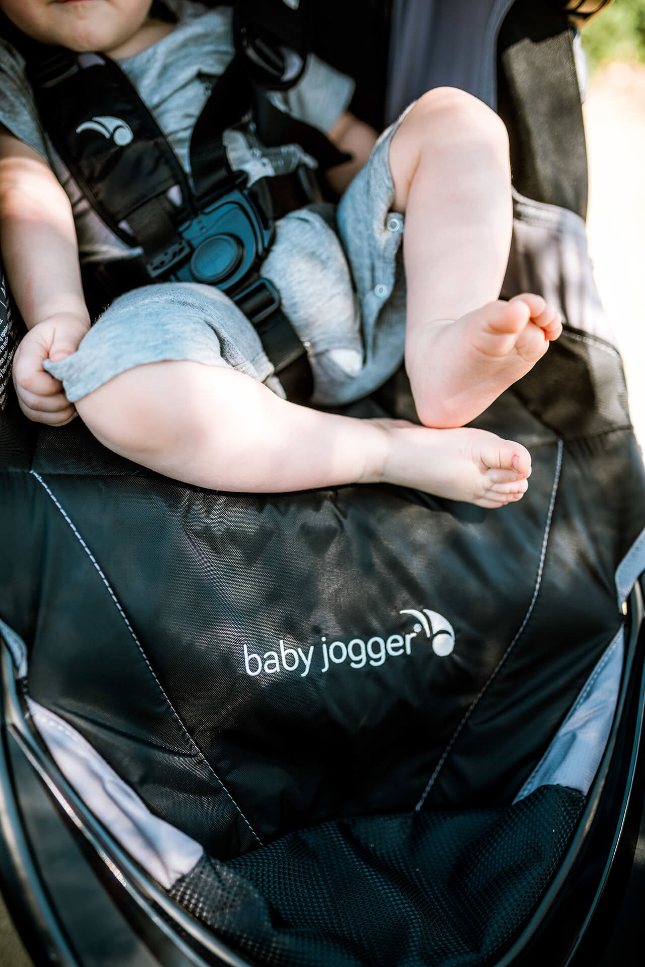 love this baby jogger from macy's - M Loves M @marmar