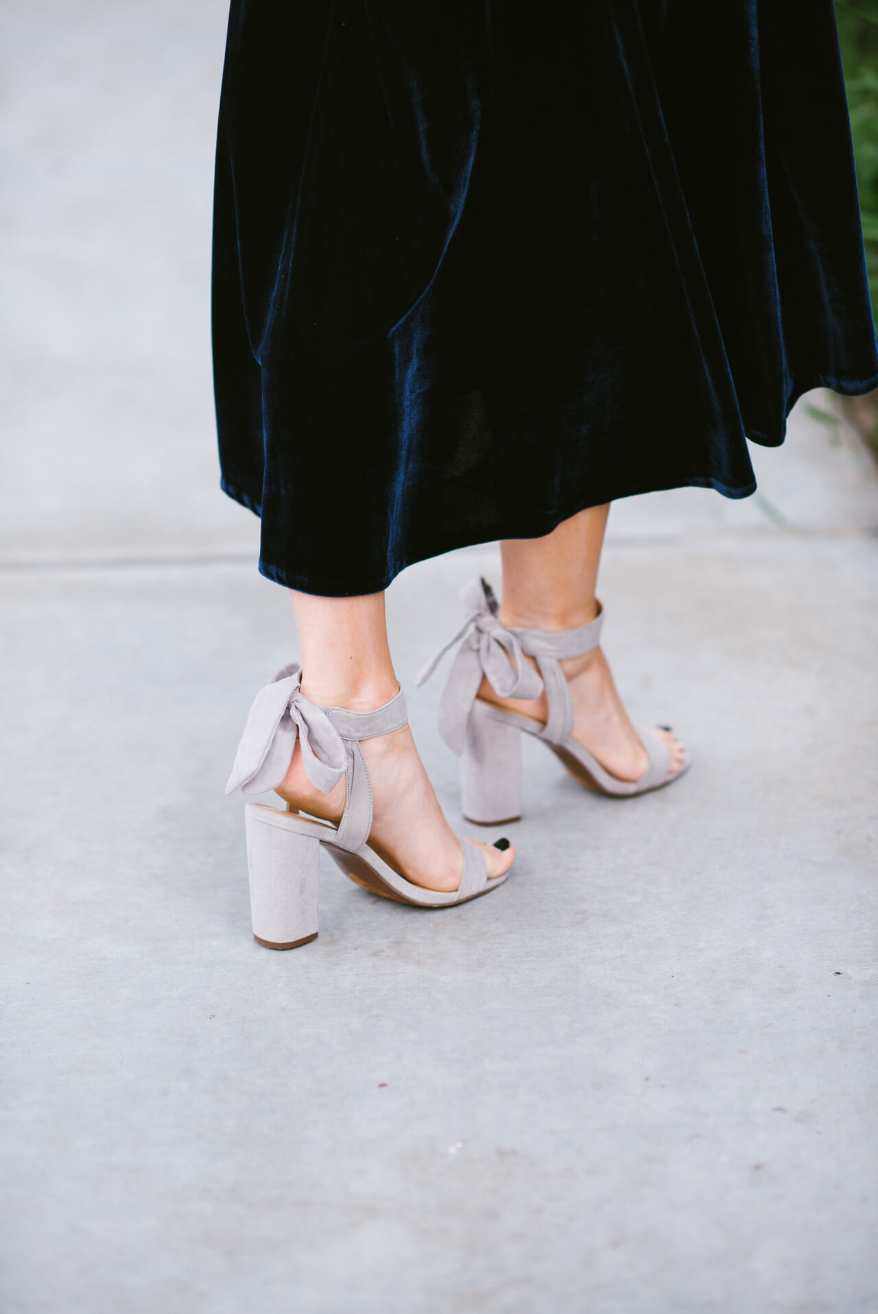 I love these grey tie heels with this velvet dress {and they're under $100}! - M Loves M @marmar