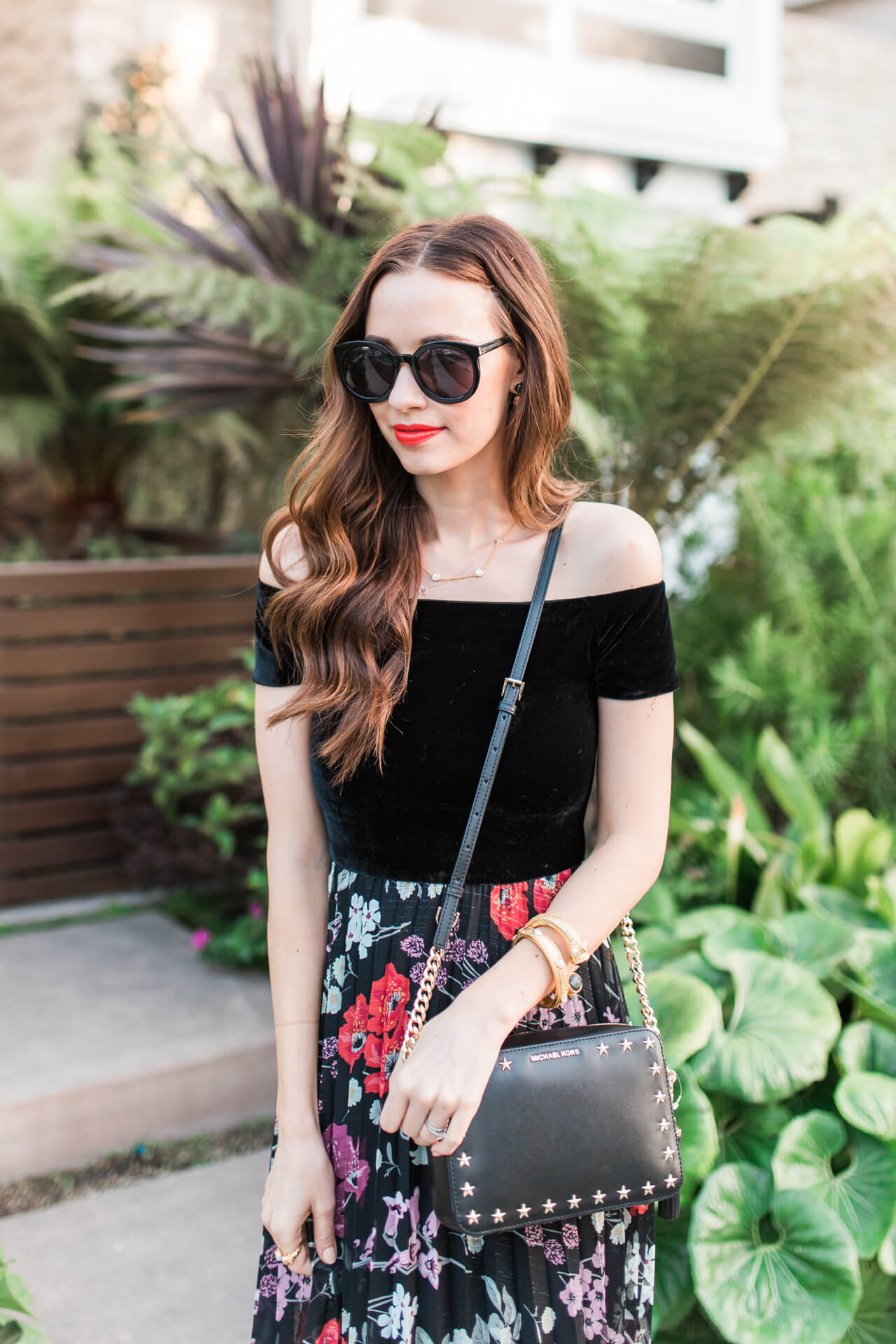 How to style a velvet dress with your hair down | M Loves M - @marmar