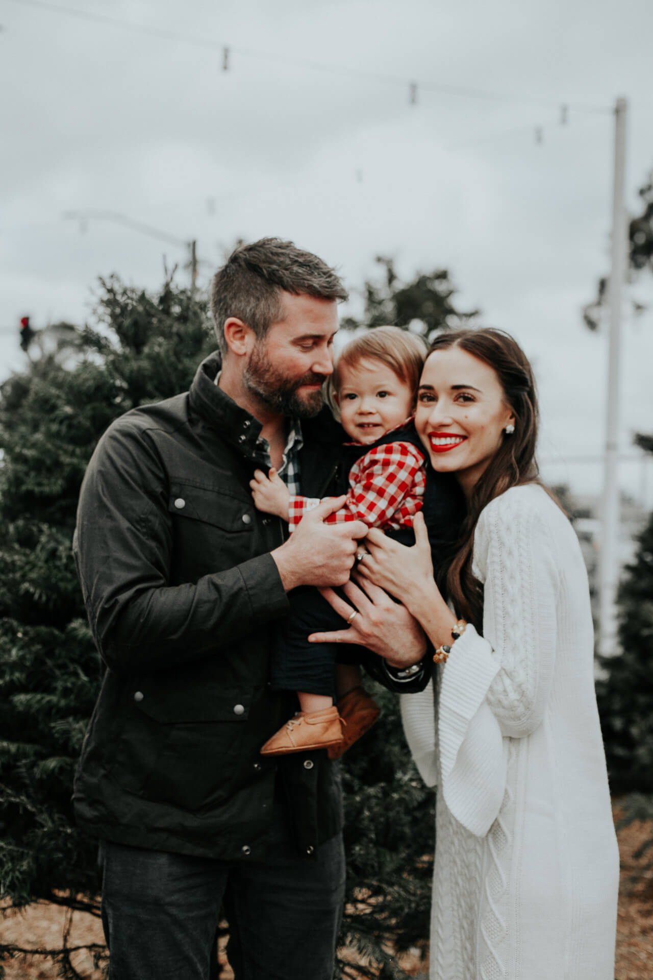 family photos at Christmas Tree lot in Southern California - M Loves M @marmar