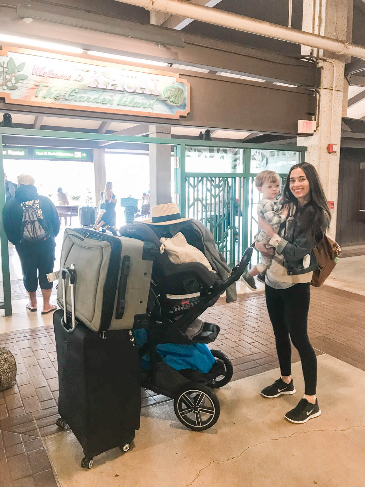 traveling to Kauai Hawaii with a toddler - M Loves M