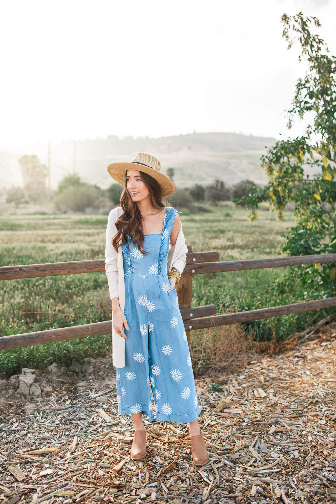 a cute and boho feminine outfit idea to wear for spring to a winery or a music festival - M Loves M @marmar