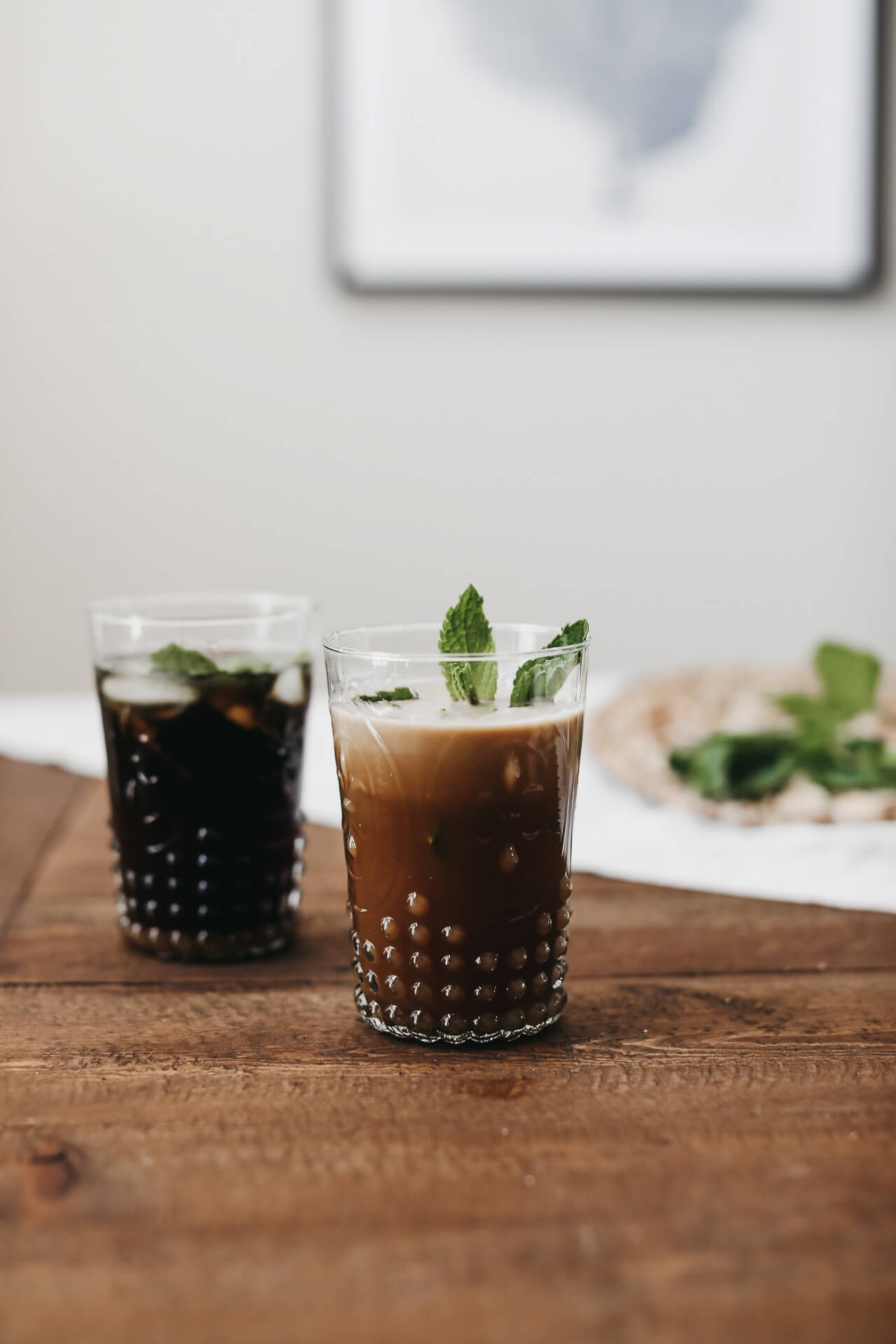 This creamy mint iced coffee recipe is just too darn good! | M Loves M @marmar